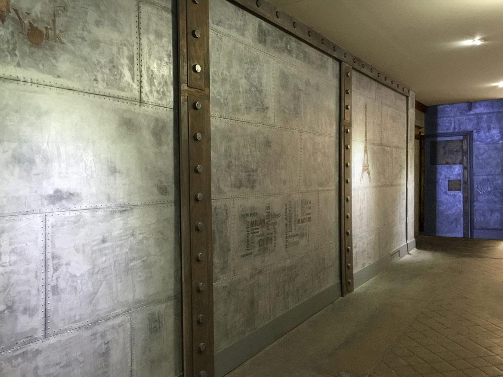 R novation d 39 un hall d 39 immeuble ancien parisien avec une d coration industrielle m tal cr ations - Tapis hall d immeuble ...